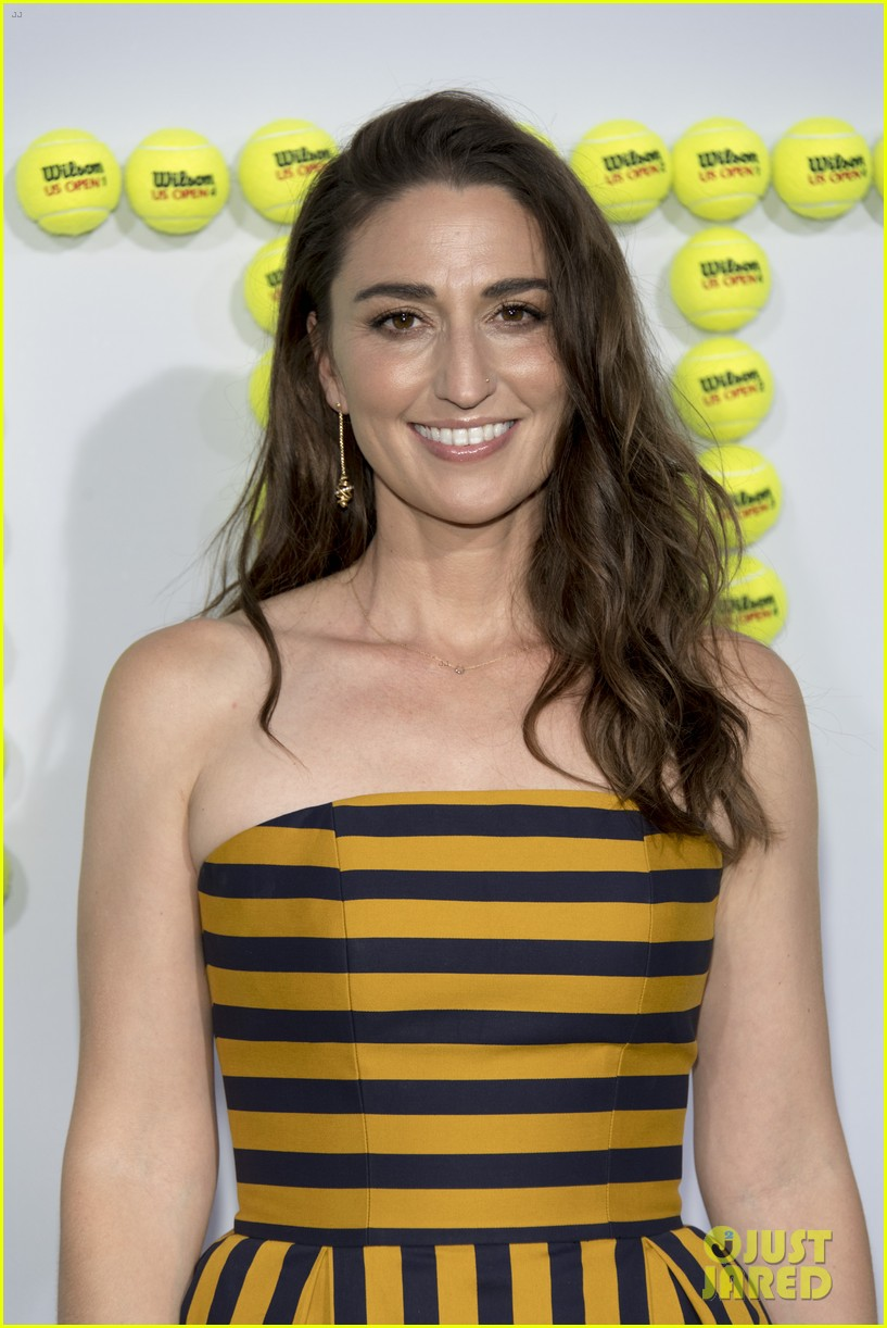 sara bareilles joe tippett red carpet 073958867