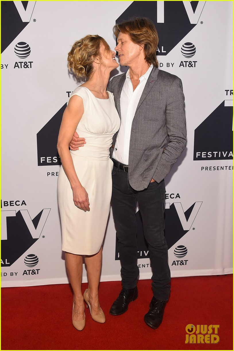 kyra sedgwick gets support from hubby kevin bacon at ten days in the valley premiere 023964023