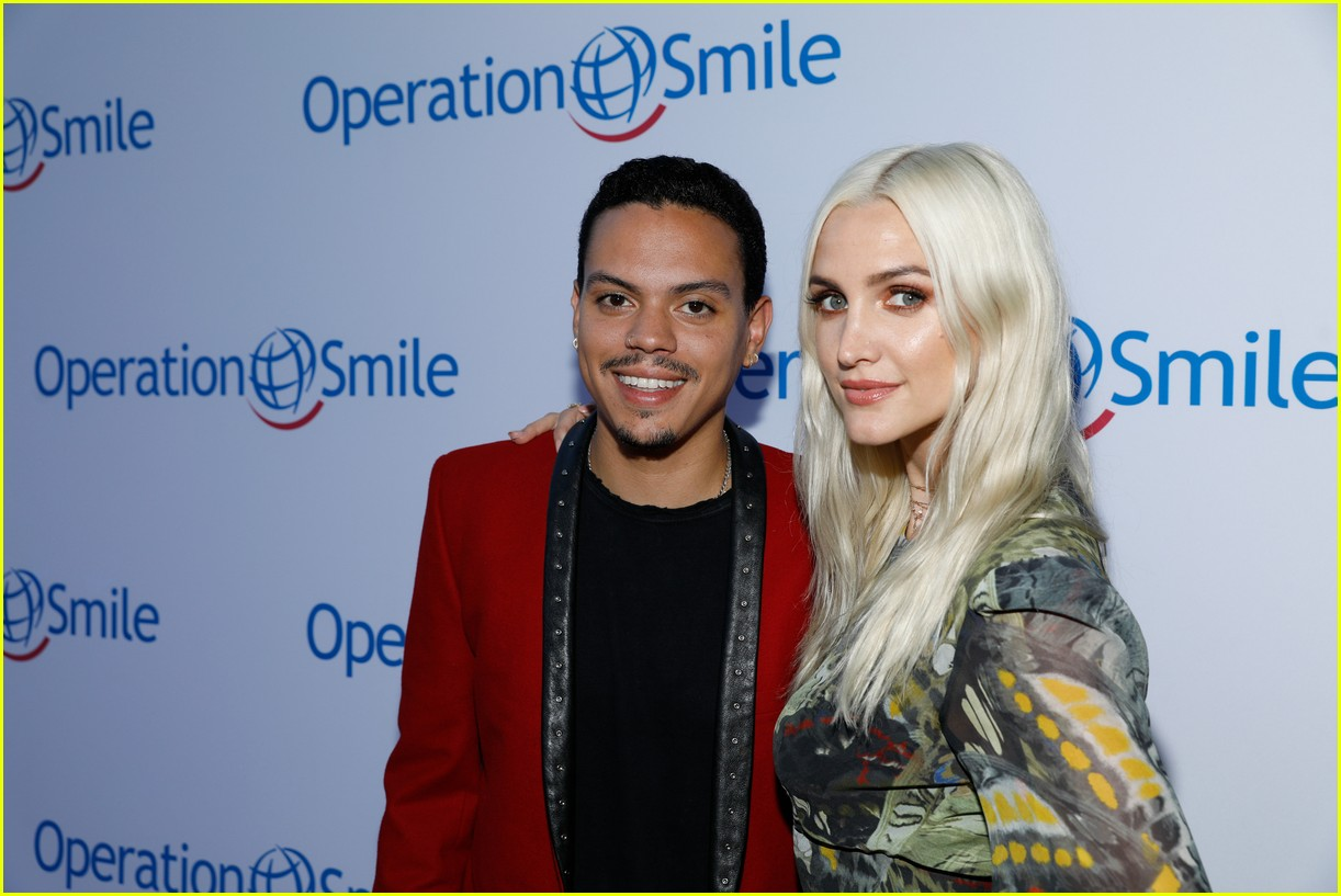 ashlee simpson and evan ross couple up for nyfw zadig voltaire nyfw show 213955541