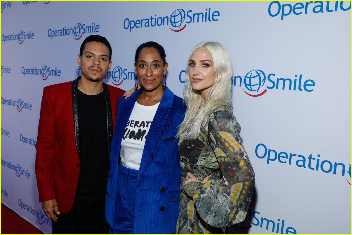 ashlee simpson and evan ross couple up for nyfw zadig voltaire nyfw show 253955545