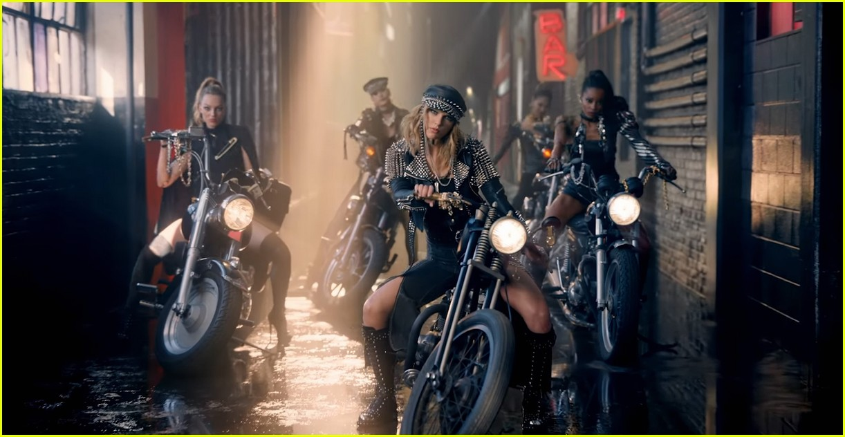 taylor swift look what you made me do video stills 043951984