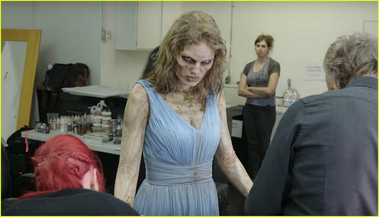 taylor swift zombie 13957798