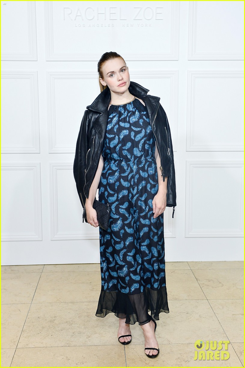 chrissy teigen rachel zoe matching dresses 013950948