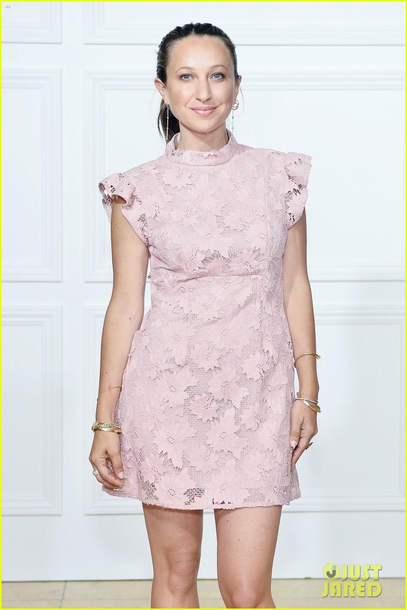 chrissy teigen rachel zoe matching dresses 323950979