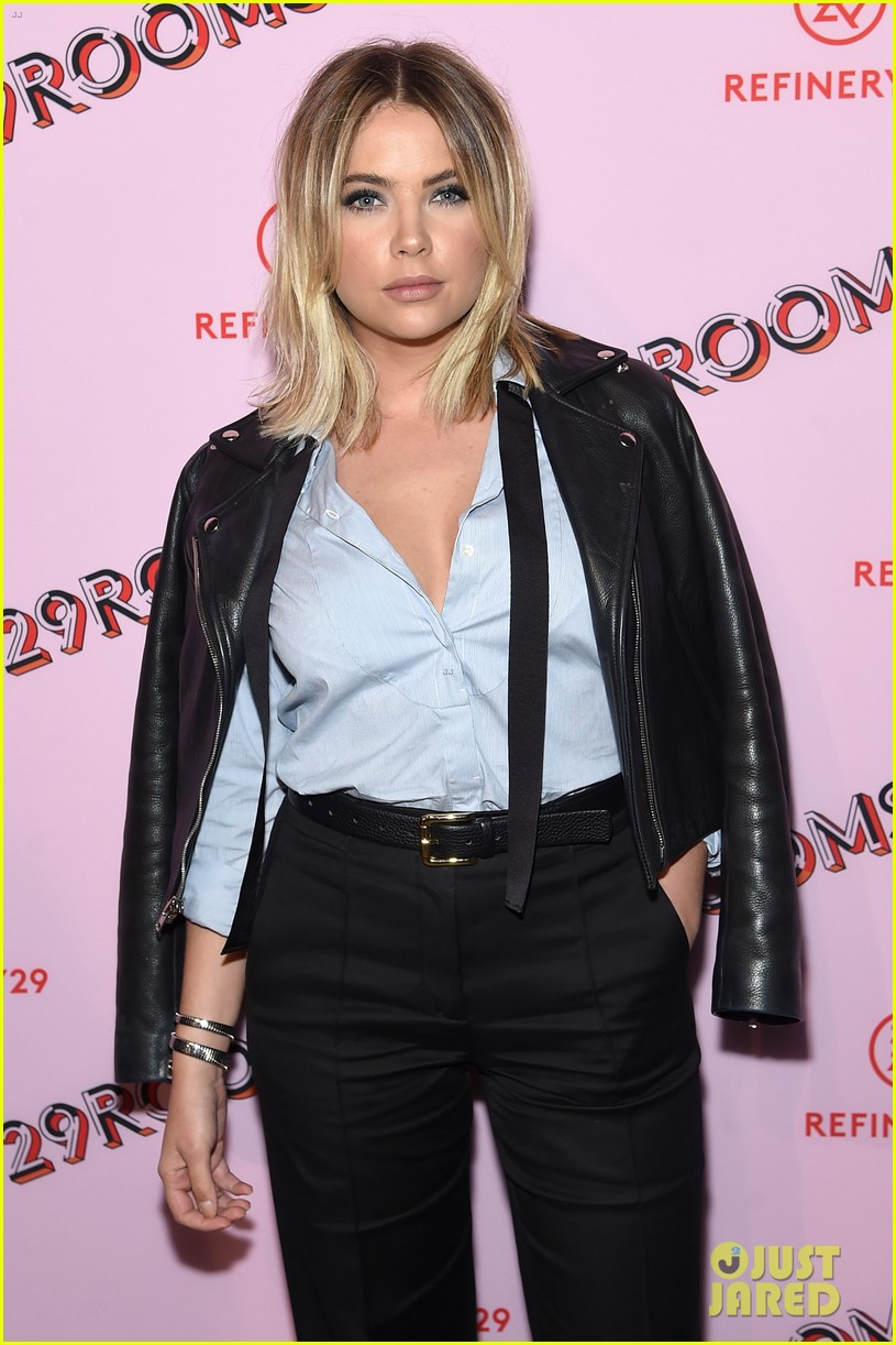 bella thorne emma roberts and ashley benson step out for 29rooms event 193952934
