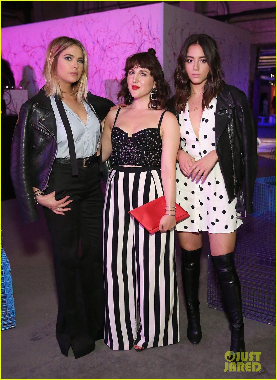 bella thorne emma roberts and ashley benson step out for 29rooms event 323952947