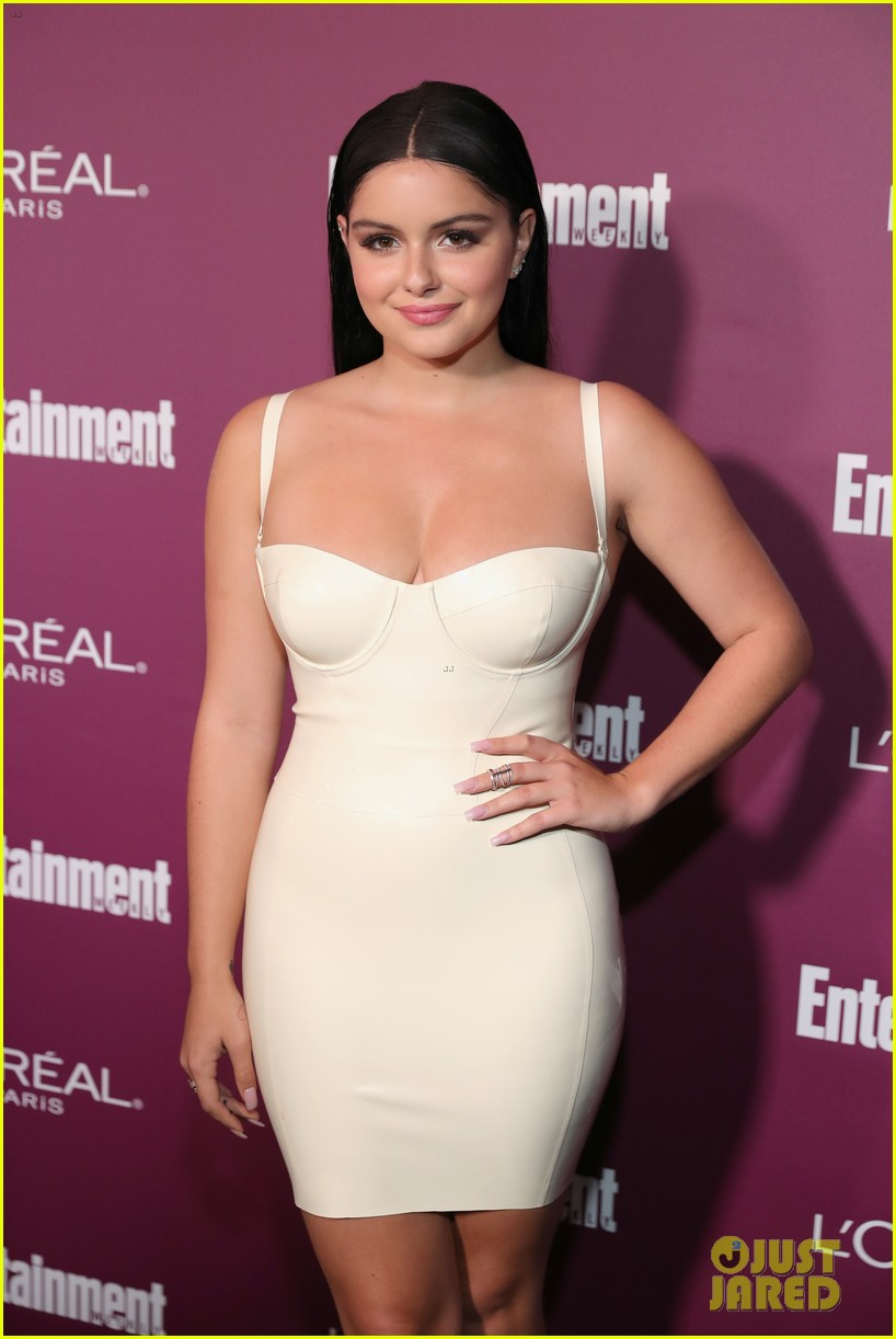 ariel winter sarah hyland pre emmys party 163958424
