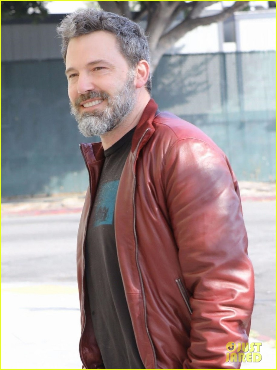 ben affleck starts off his day with a meeting 023975346