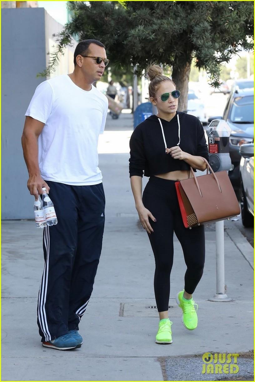 jennifer lopez alex rodriguez couple up for gym date 033968796