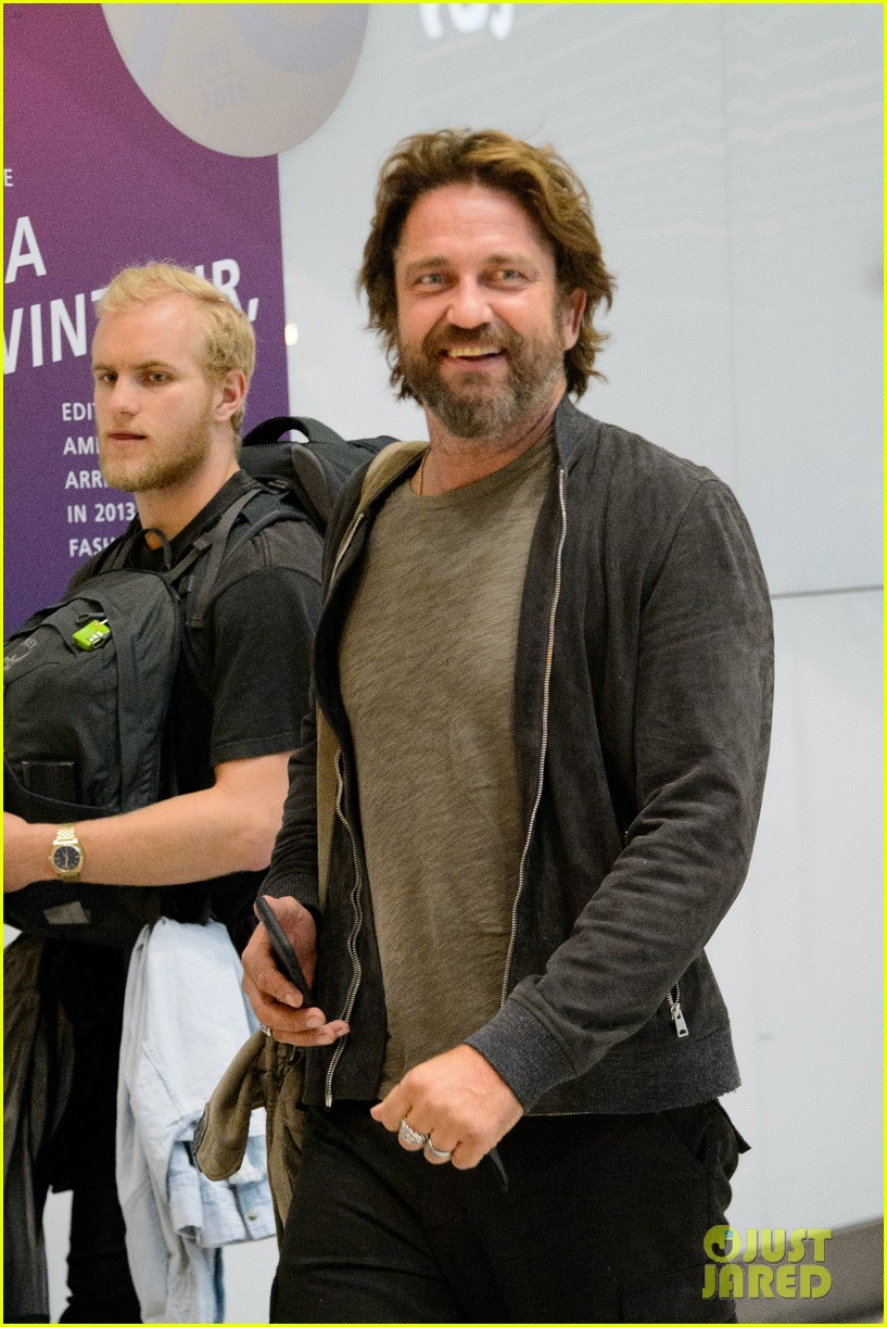 gerard butler arrives in london following motorcycle accident 053974695