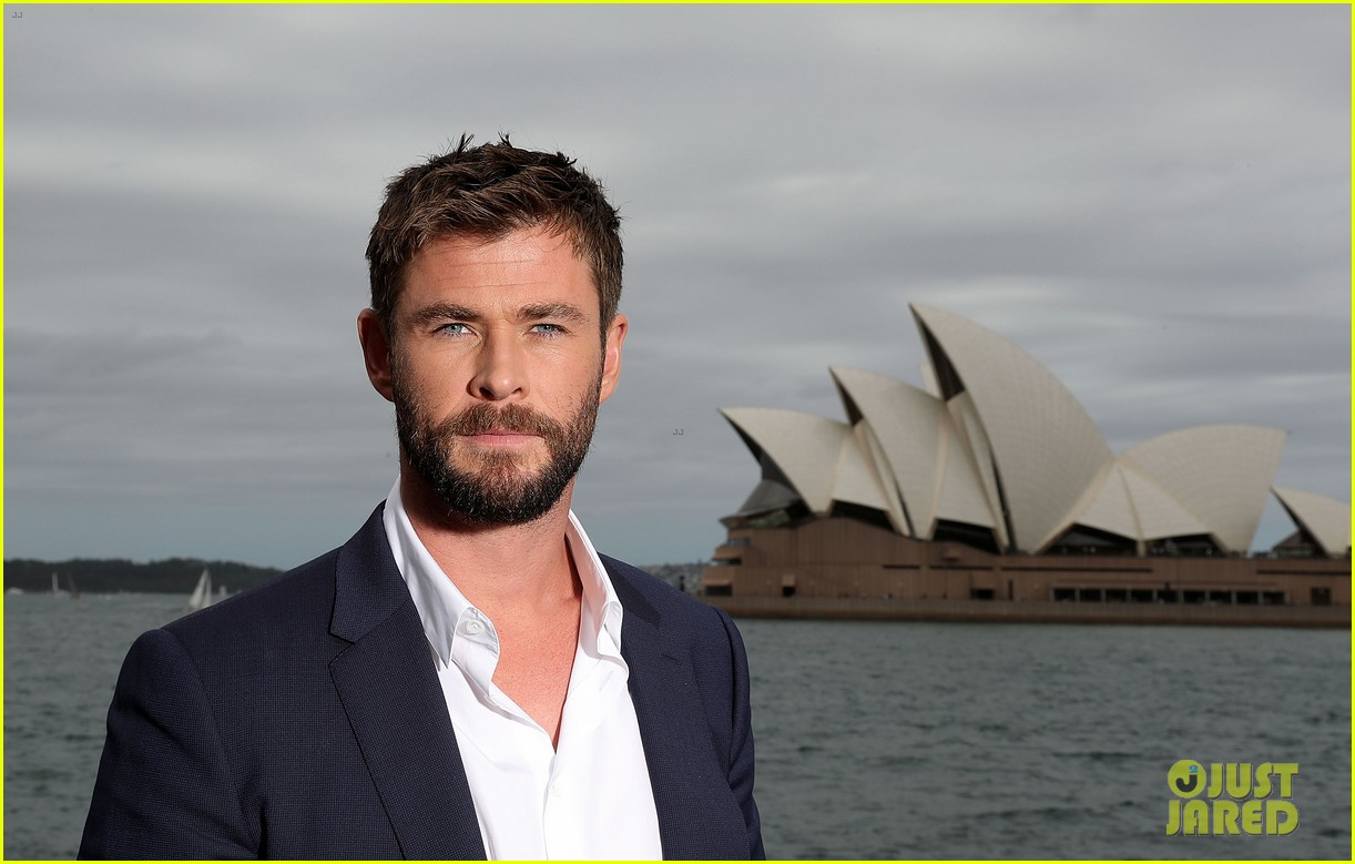 chris hemsworth thor photo call australia 063973404