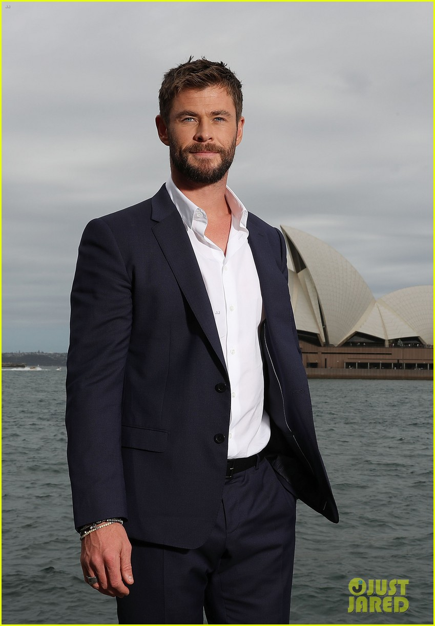 chris hemsworth thor photo call australia 083973406