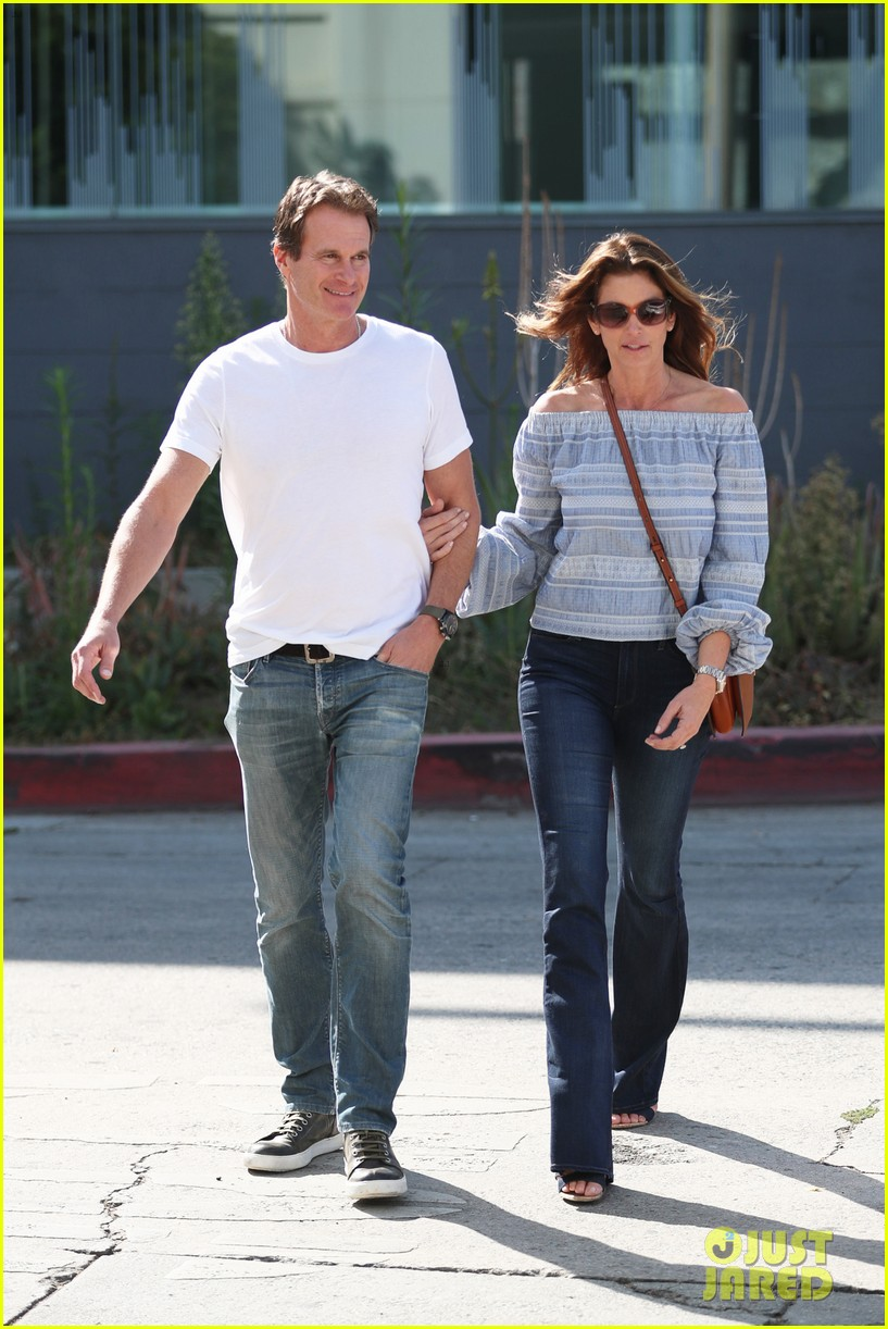 cindy crawford rande gerber couple up 053972632