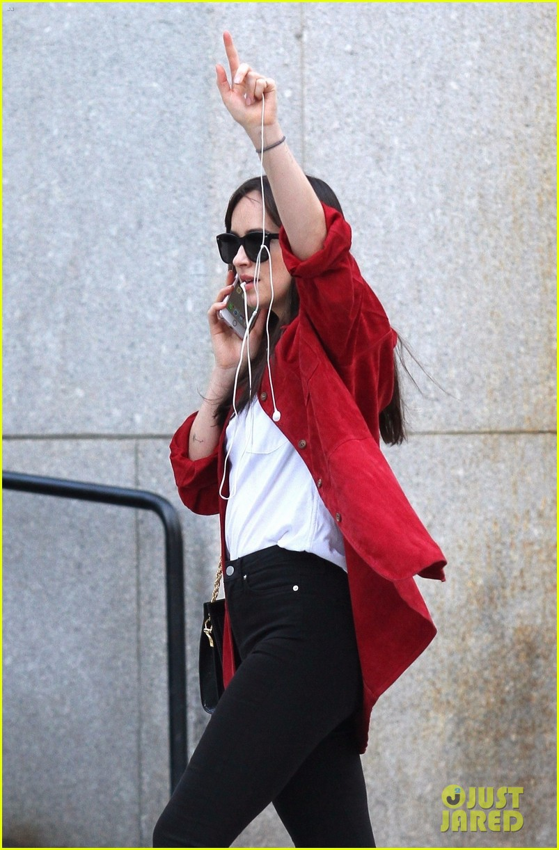 dakota johnson nyc 033968491
