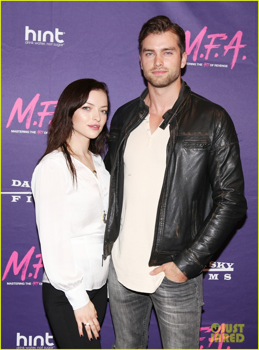francesca eastwood gets support from father clint at m f a premiere 043967362