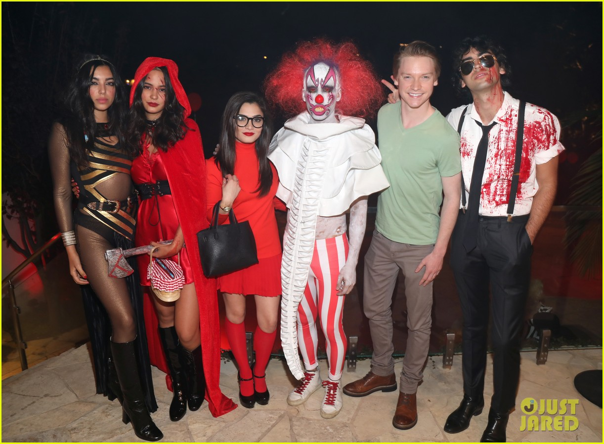 courtney eaton r5 just jared halloween party 2017 123979322