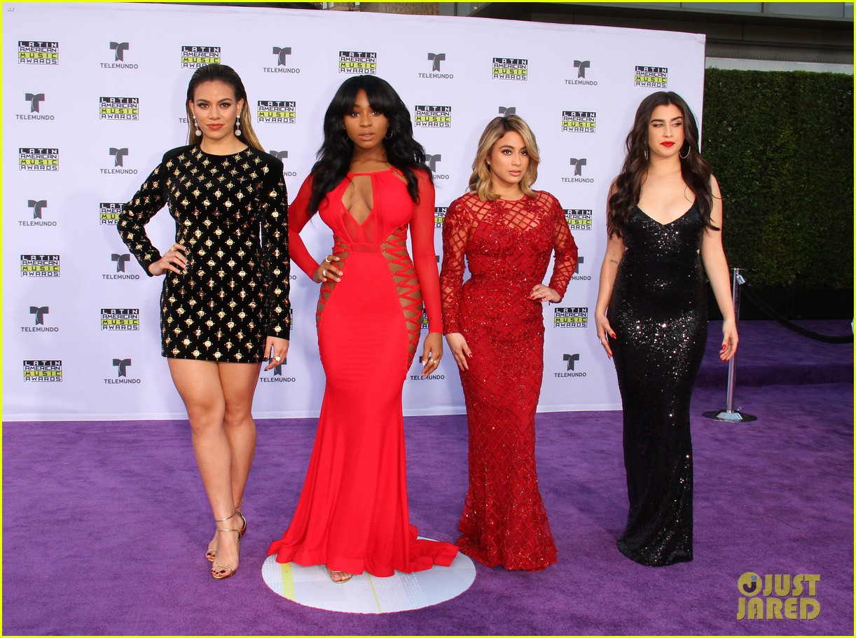 fifth harmony goes sexy for latin american music awards 2017 013978444