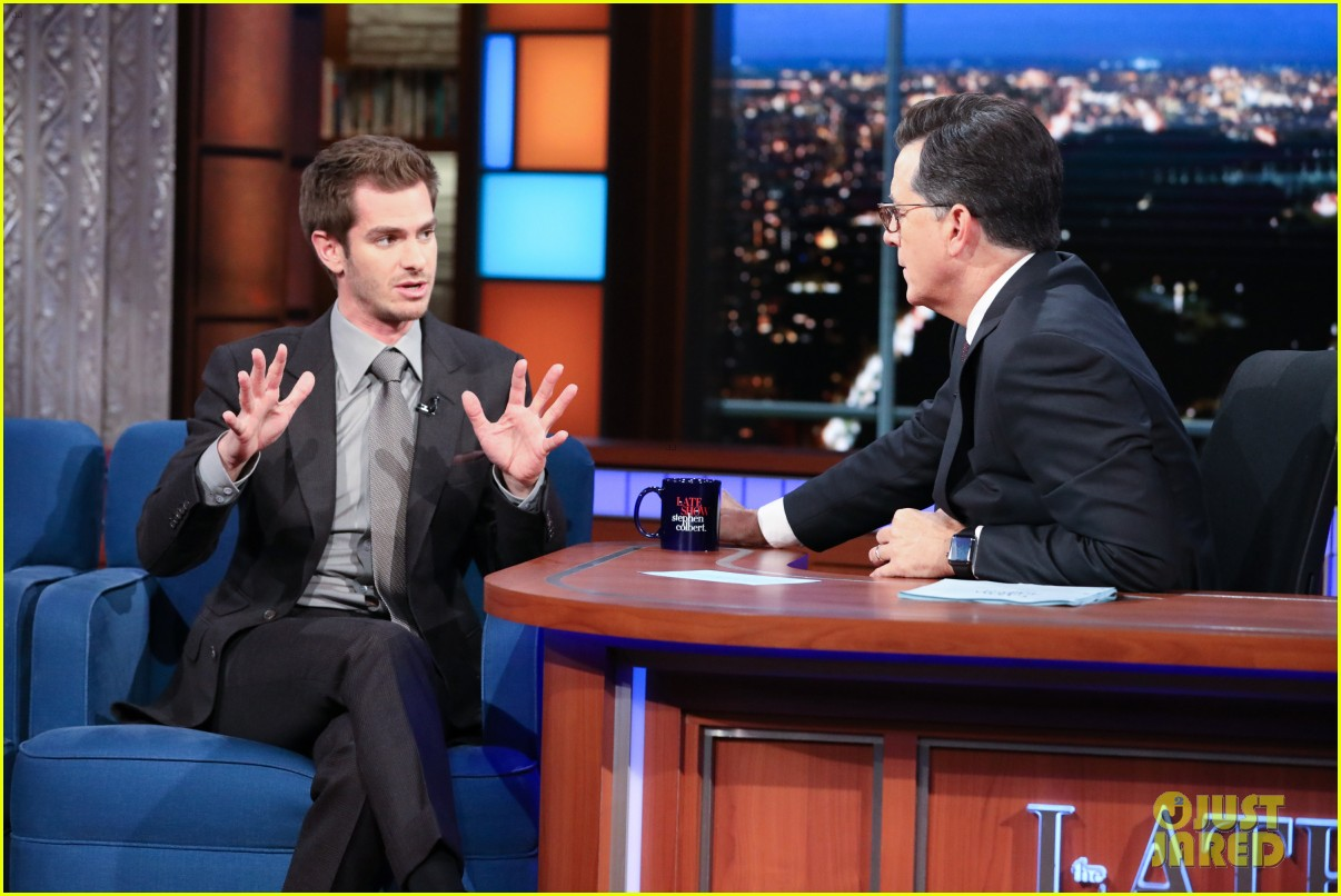 andrew garfield says the world doesnt need movie stars on the late show 023971523