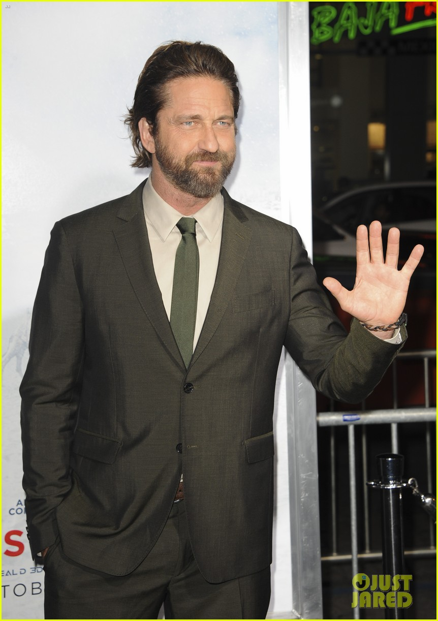gerard butler geostorm premiere after motorcycle accident 113973561