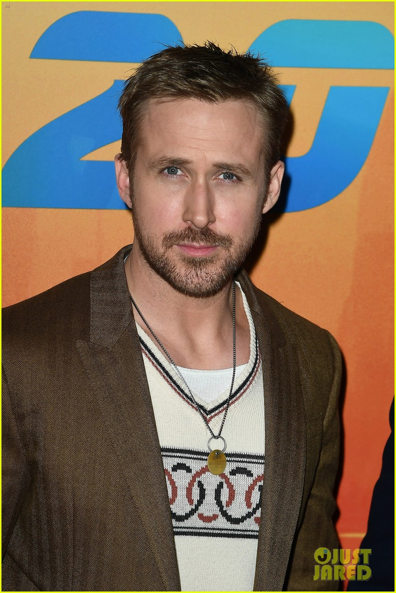 ryan gosling remembers his late dog george 043968837
