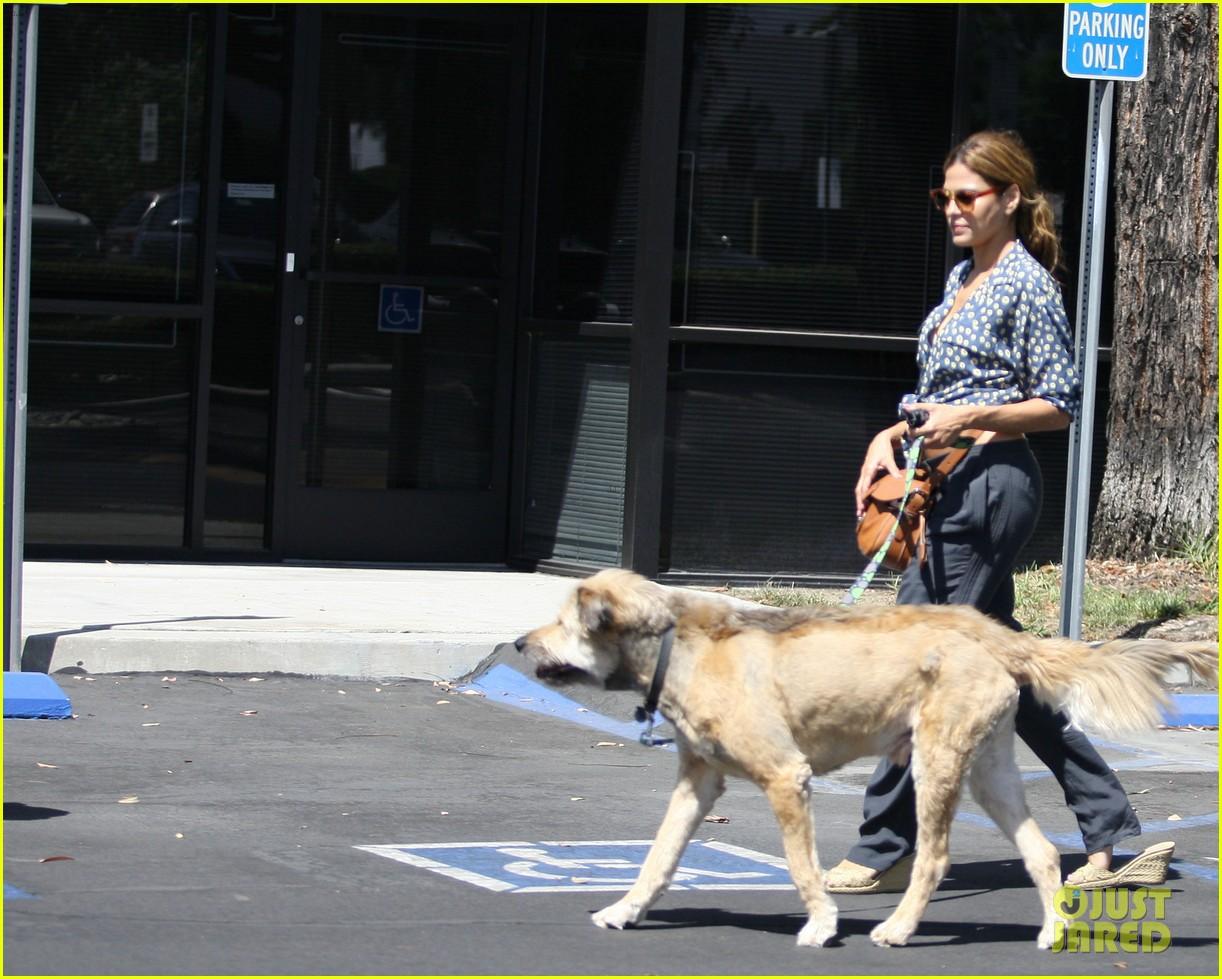 ryan gosling remembers his late dog george 073968840