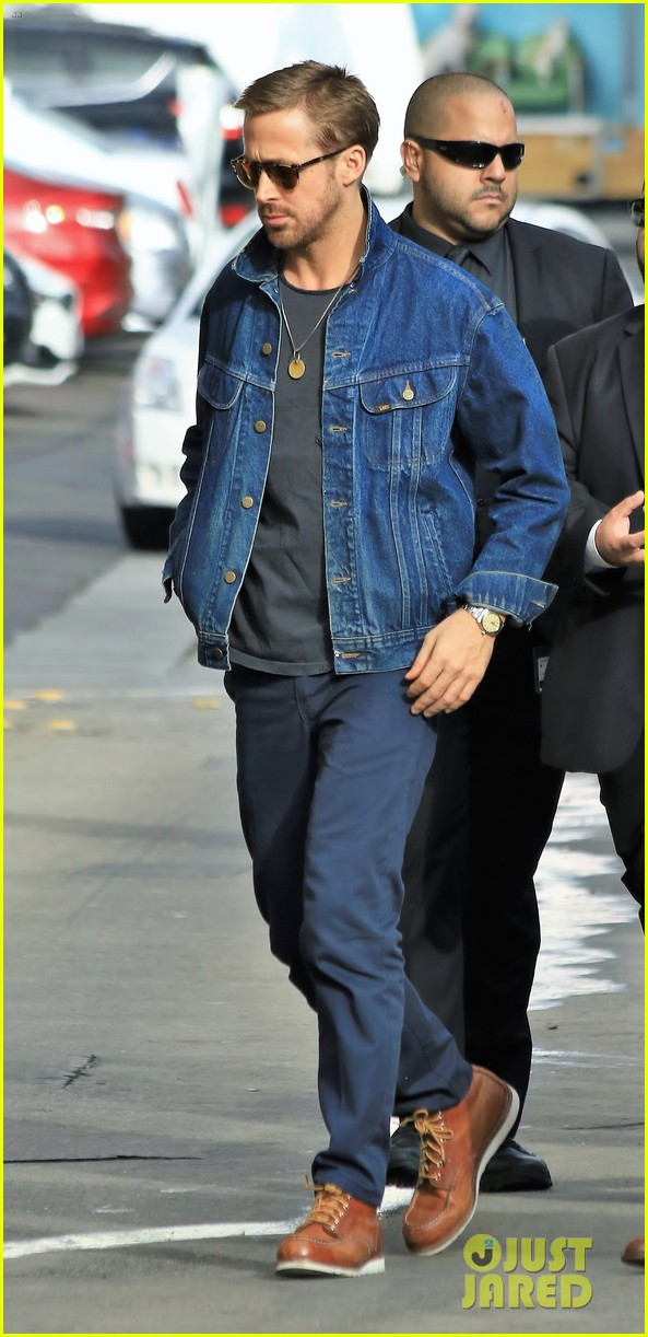 ryan gosling shares hilarious story about daughter amadas memorable first day in new york 023967900