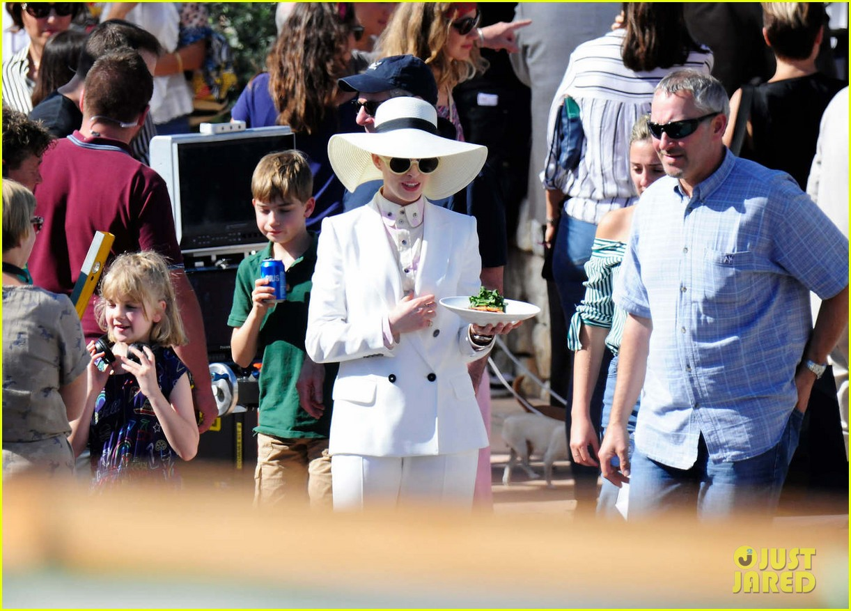 anne hathaway wears a white suit for nasty women scene 013977522