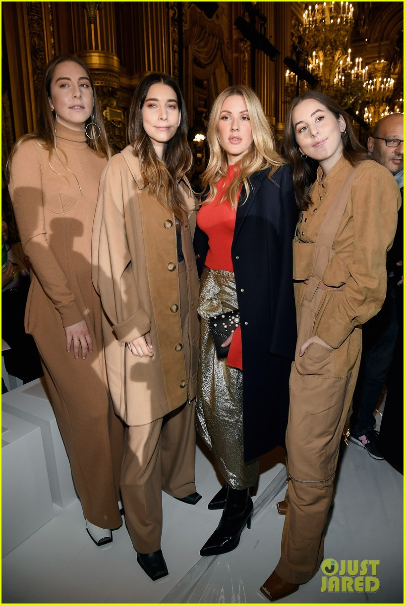 salma hayek ellie goulding alexa chung sit front row at stella mccartney paris show 013967022