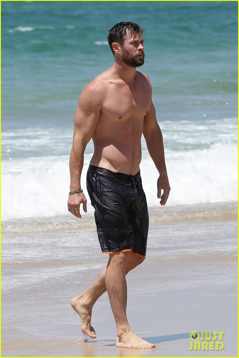 chris hemsworth goes shirtless bares ripped body in