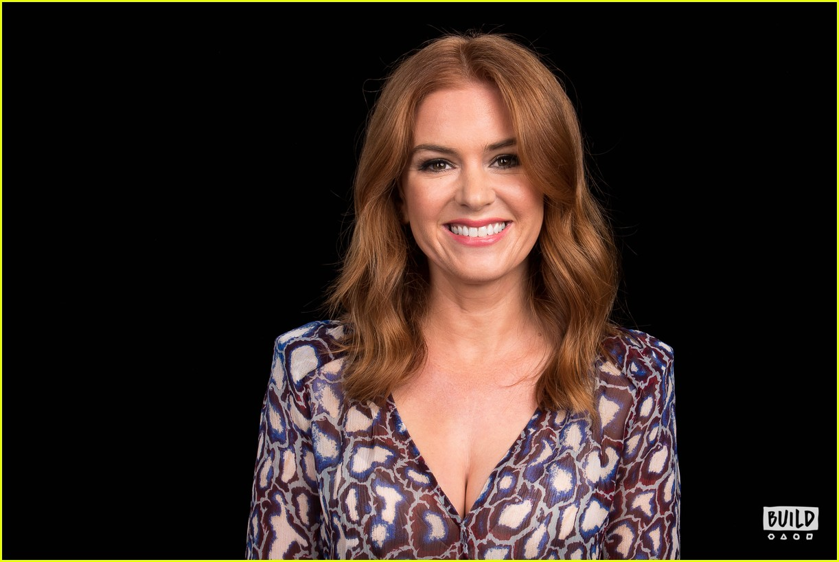 isla fisher build 13967570