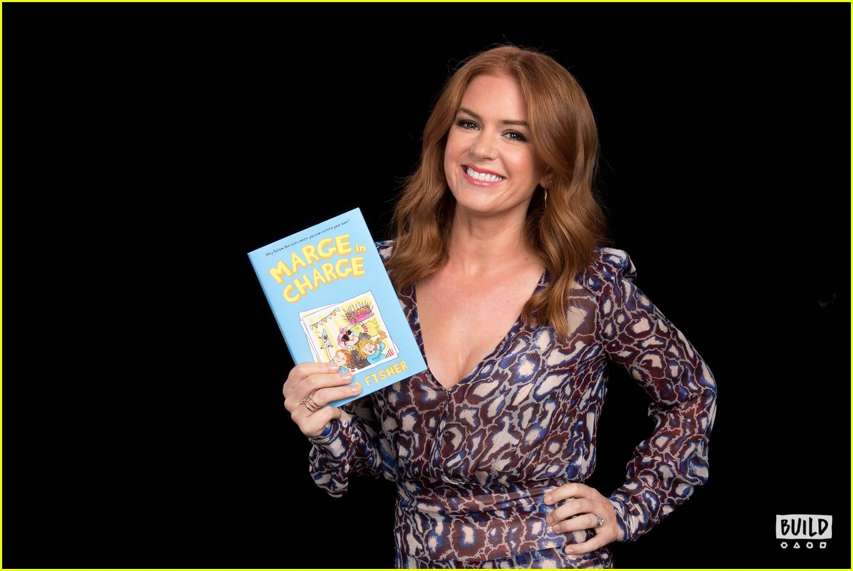 isla fisher build 83967577