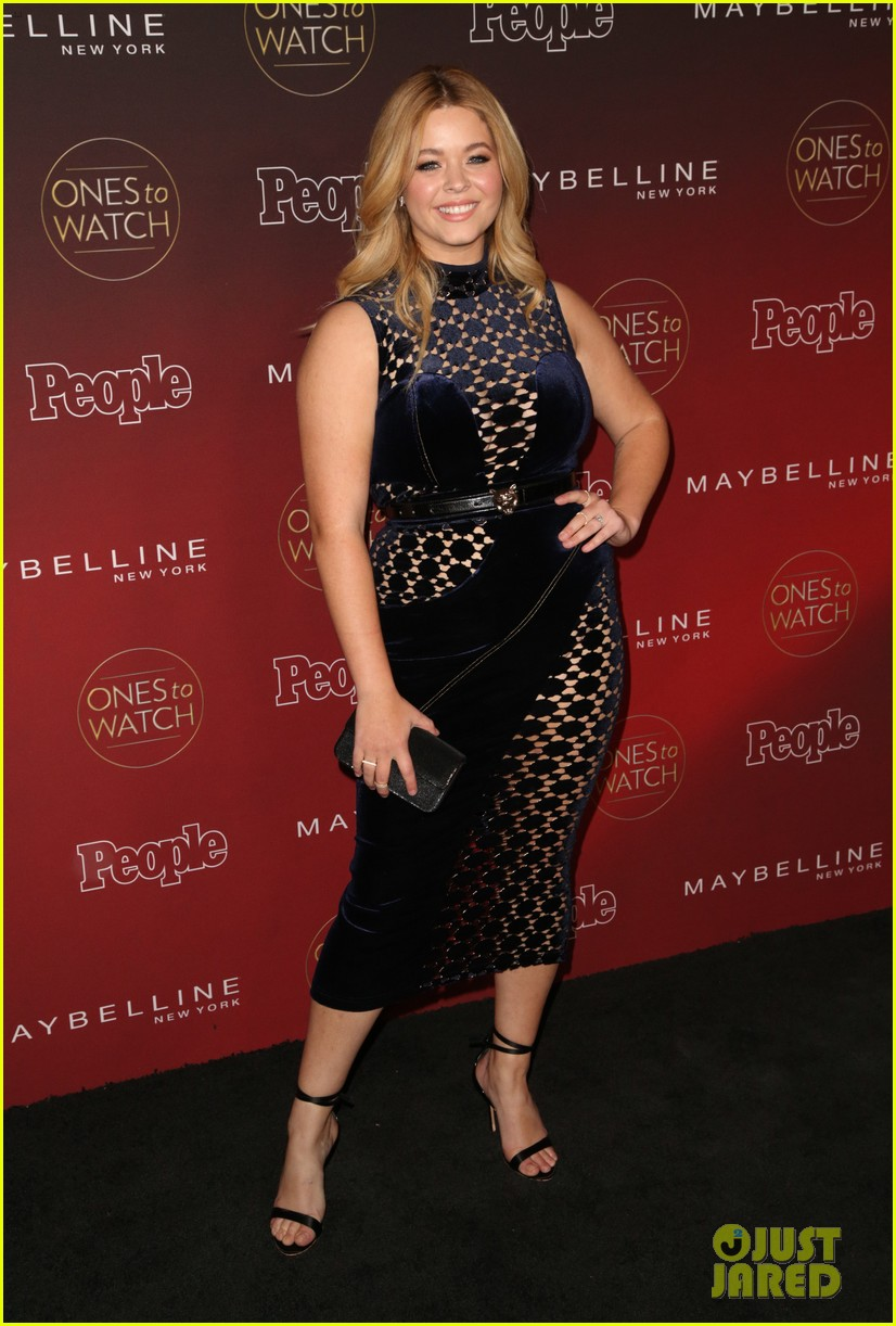 paris jackson julia michaels sasha pieterse more step out for people mags ones to watch party 883968438