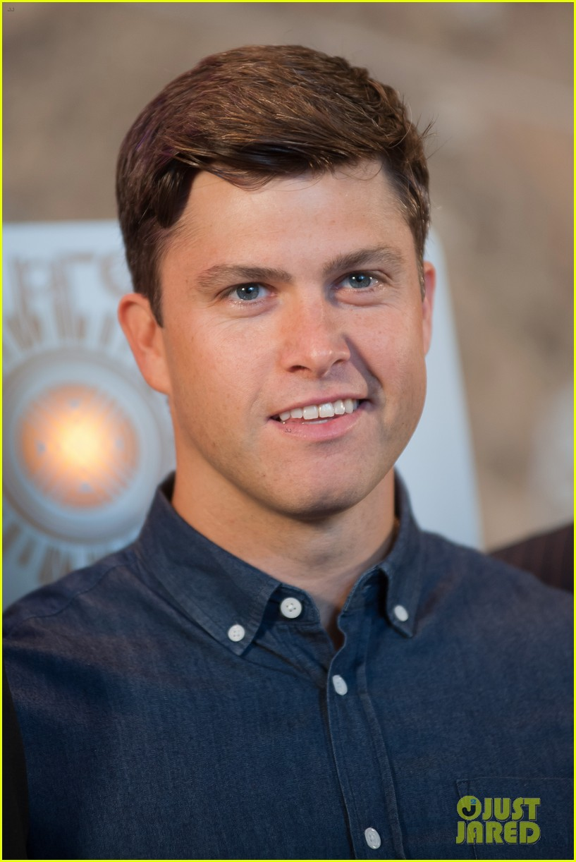 colin jost lights the empire state building in nyc 013968879
