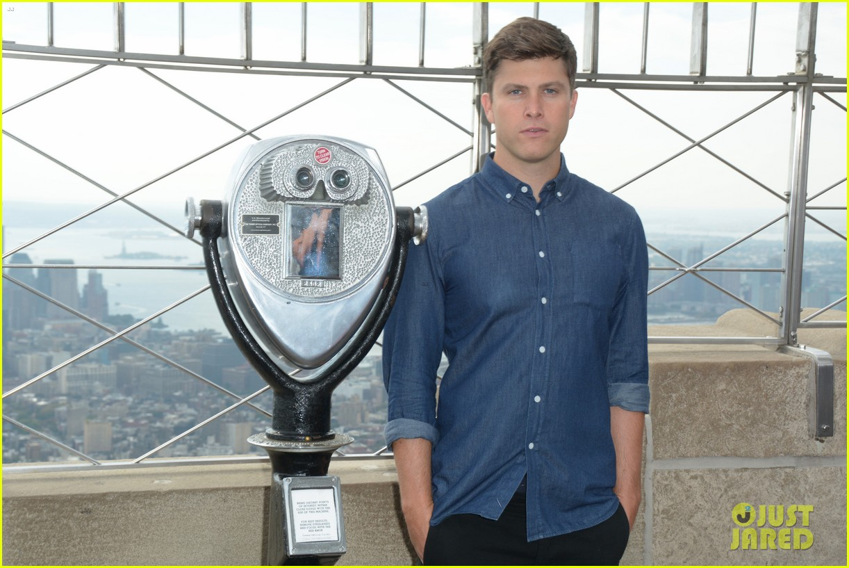 colin jost lights the empire state building in nyc 063968884