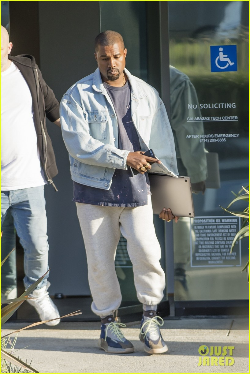 7c283c4f977 Kanye West Debuts Brand New Yeezy High Tops While Leaving His Fashion  Studio!