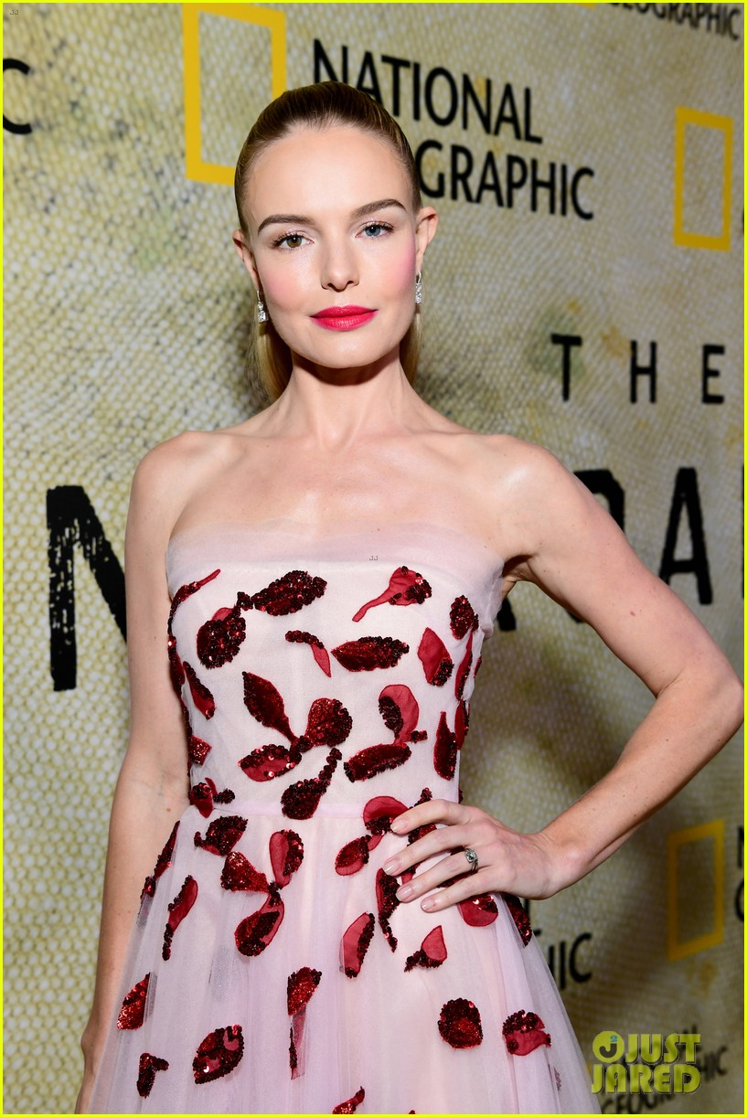 kate bosworth premieres the long road home 023980049