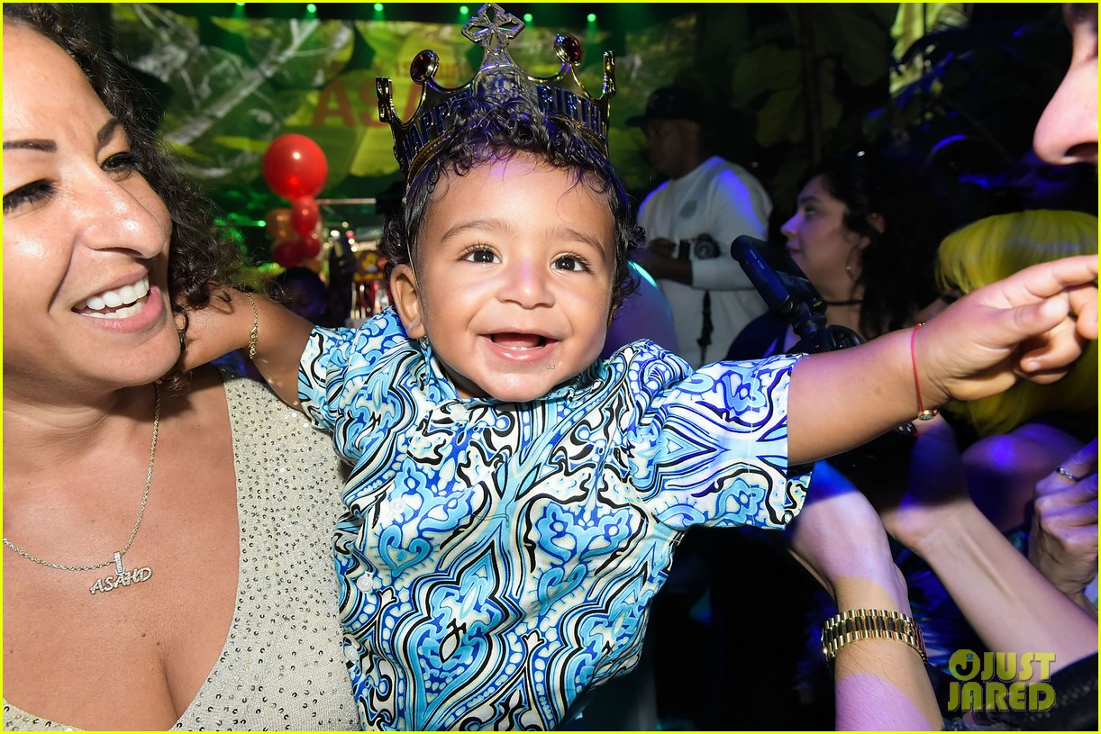dj khaled celebrates son asahd first birthday with epic party 023976092
