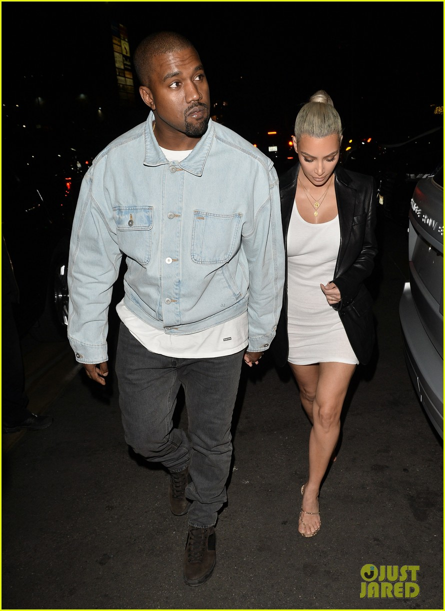 kim kardashian celebrates her birthday with husband kanye west 033978482