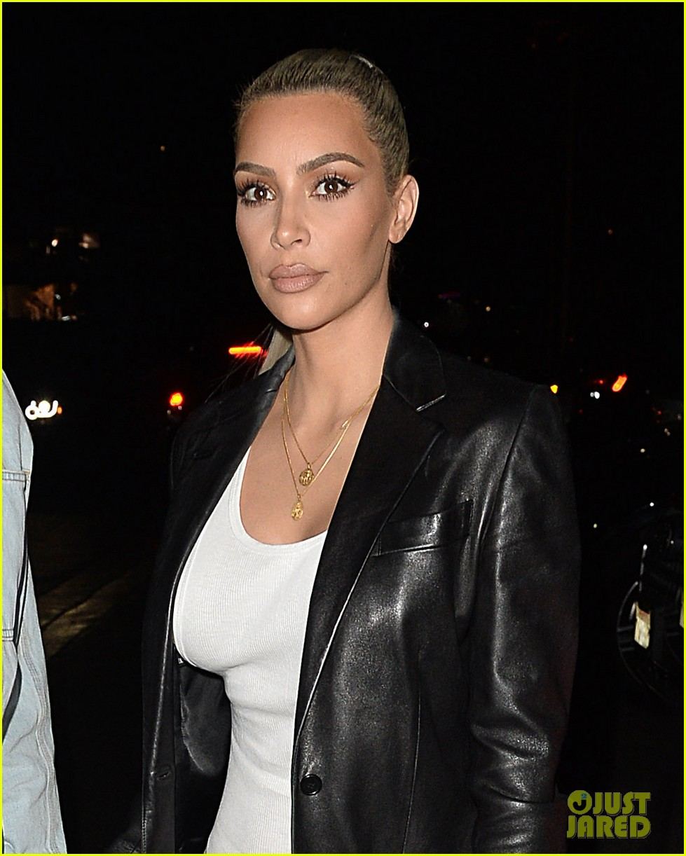 kim kardashian celebrates her birthday with husband kanye west 083978487