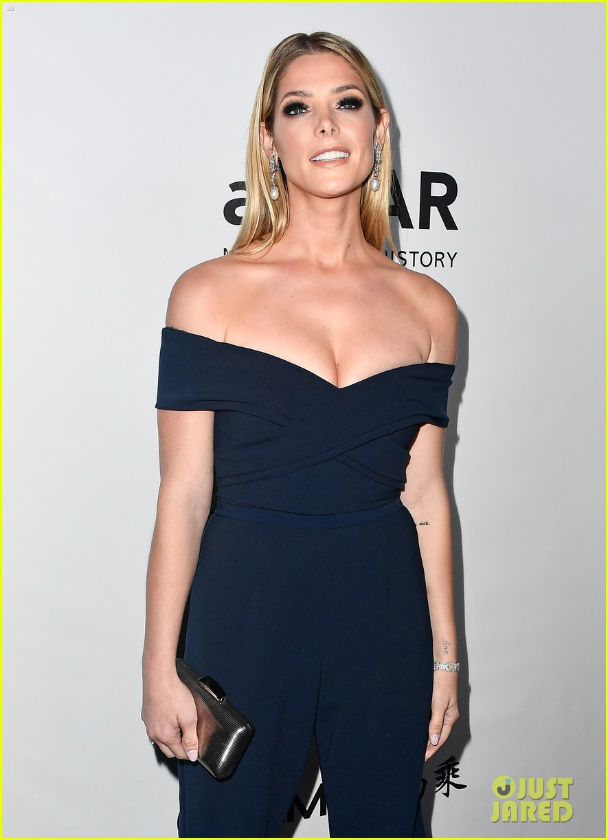 heidi klum ashley greene amfar gala 233972325