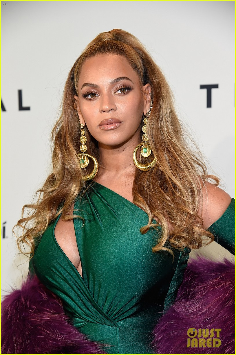beyonce knowles goes glam for tidal brooklyn concert 063974390