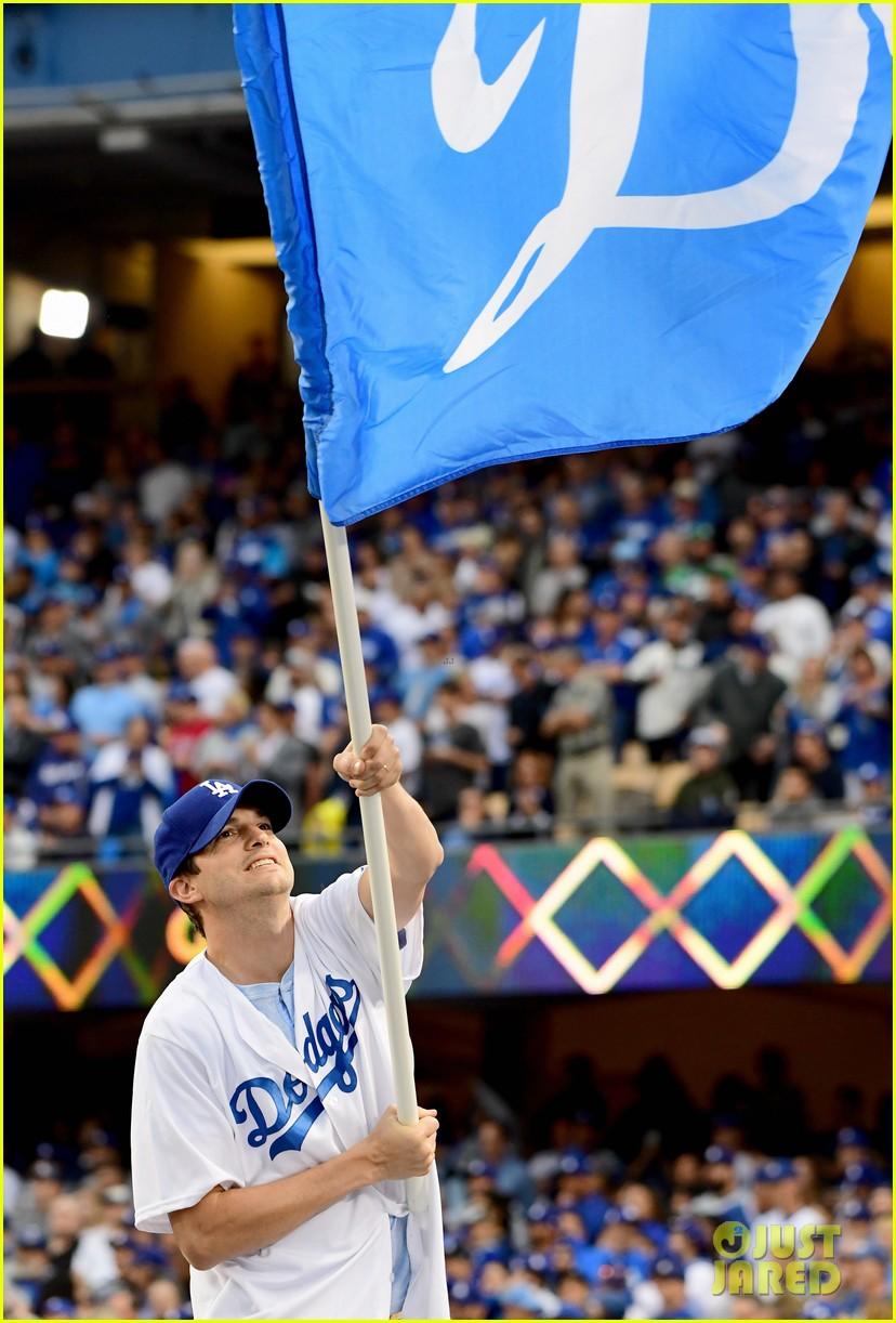 mila kunis ashton kutcher wave dodgers flag 043980592