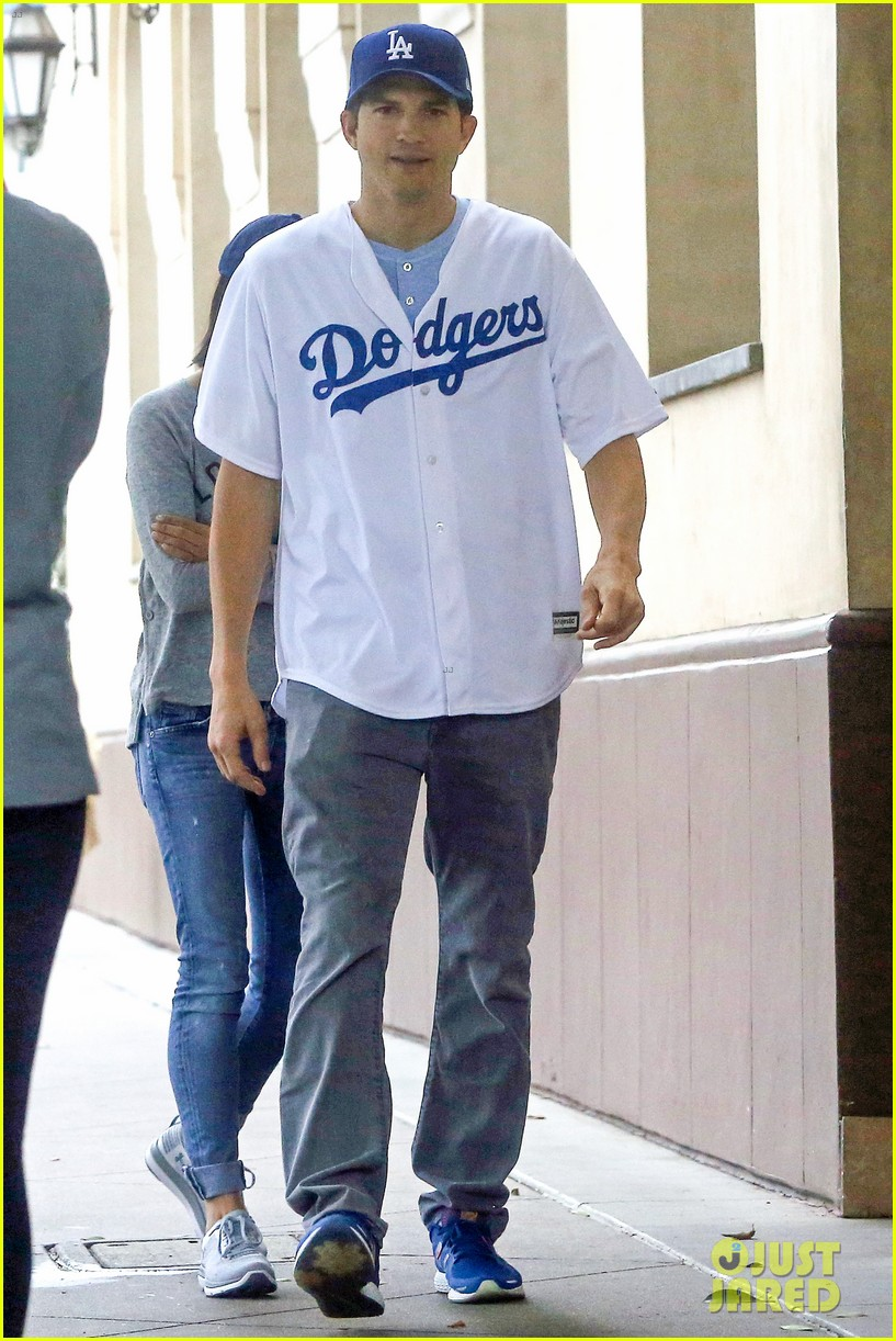 mila kunis ashton kutcher get ready to cheer on dodgers 033980480