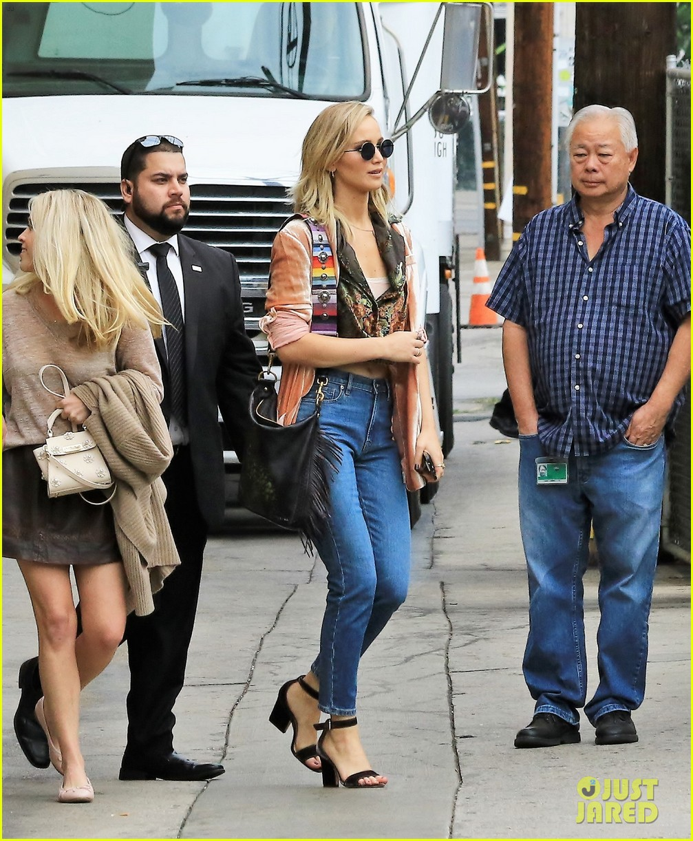 jennifer lawrence hits the streets for jimmy kimmel live segment 043980058