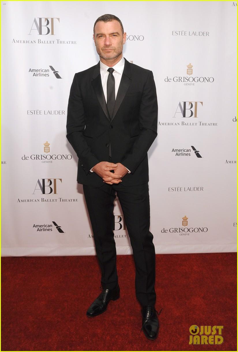 liev schreiber joins maggie gyllenhaal at american ballet theatre gala 063974910