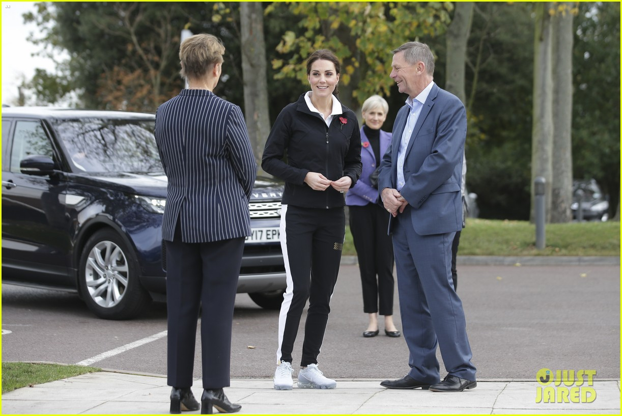 kate middleton first solo appearance 163980148