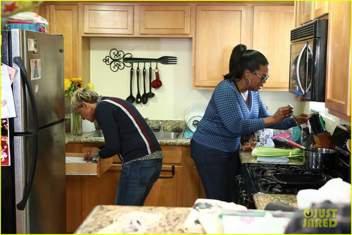 ellen degeneres takes oprah grocery shopping in hilarious video 023968146
