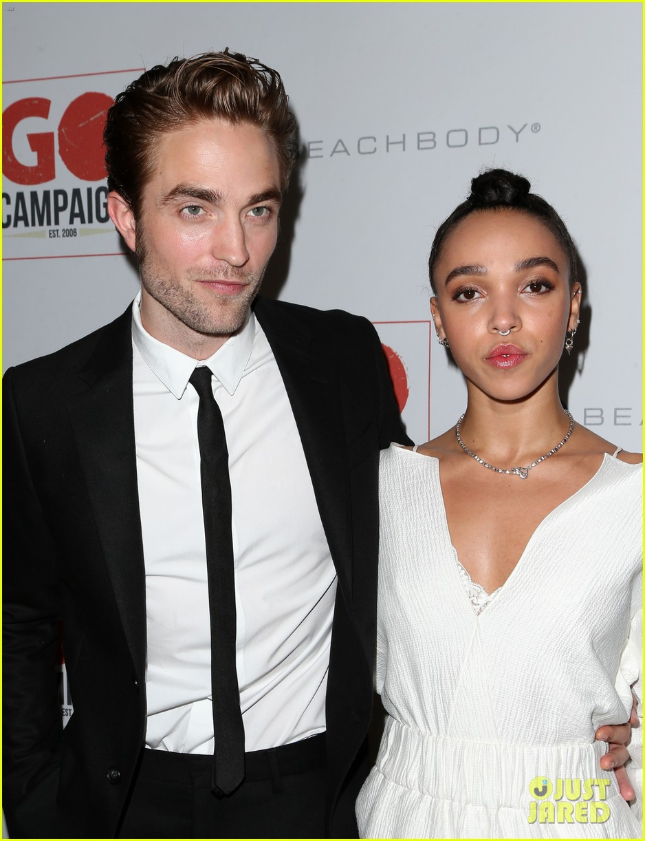 robert pattinson fka twigs split call off engagement 023971726