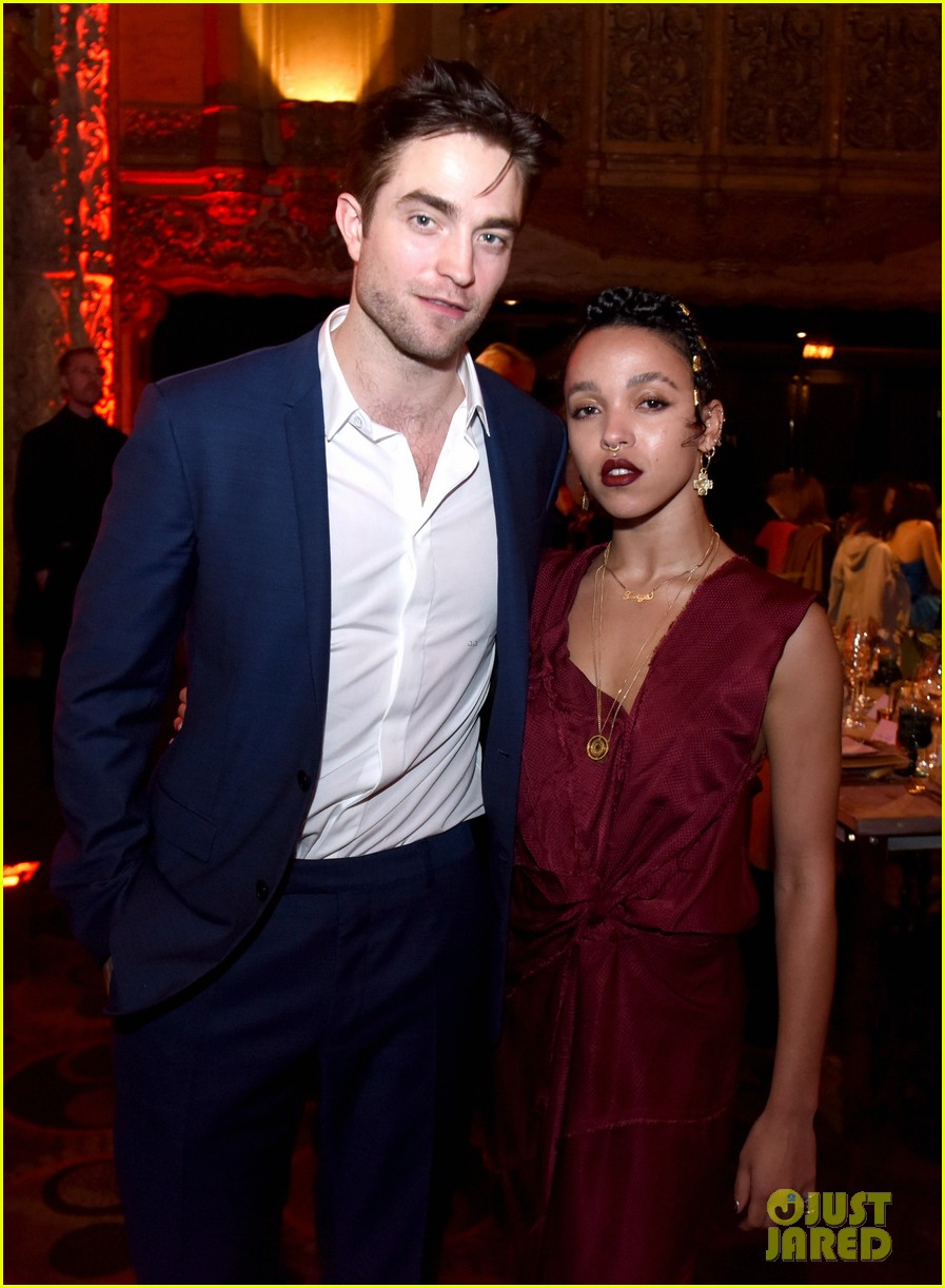 robert pattinson fka twigs split call off engagement 043971728