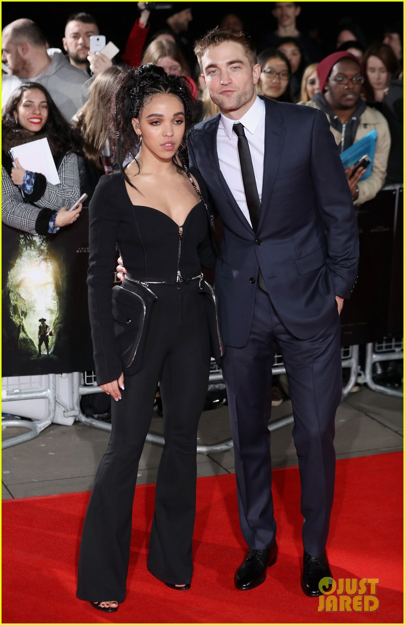 robert pattinson fka twigs split call off engagement 103971734